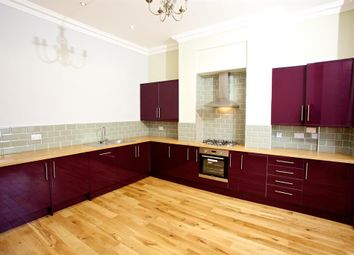 Thumbnail 2 bedroom flat to rent in Hanover Square, Leeds