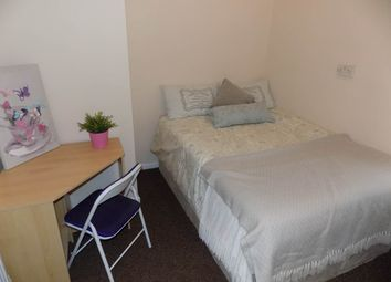 Thumbnail 3 bed flat to rent in Mannville Terrace BD7, Great Horton