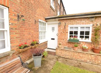 Thumbnail 1 bed maisonette for sale in Icknield Street, Dunstable