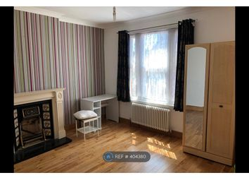 Room to rent in Carisbrooke Road, London E17