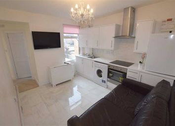 Thumbnail 3 bedroom flat to rent in Audley Road, Hendon, London