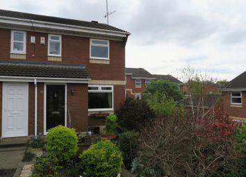 Thumbnail 2 bedroom town house for sale in Laneside Gardens, Churwell, Morley, Leeds