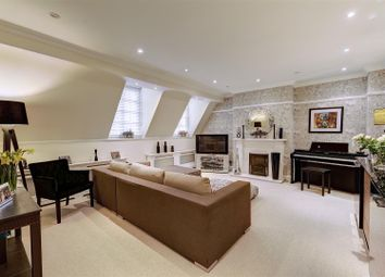 Thumbnail 4 bed flat to rent in South Square, Hampstead Garden Suburb