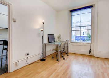 1 bed terraced house to rent in Caledonian Road, London N1