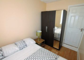 Thumbnail Room to rent in Double Room, Bolton Road, Wednesfield