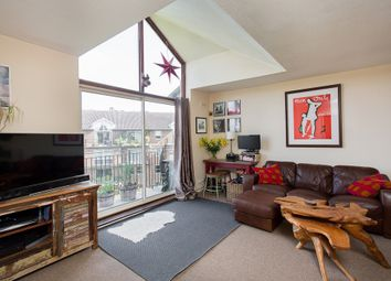 Thumbnail 2 bedroom flat to rent in Thorney Crescent, London