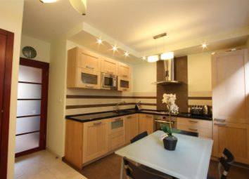 Thumbnail 2 bed maisonette for sale in Prospect Place, Wapping Wall, London