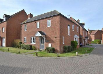 Thumbnail 3 bed link-detached house for sale in Finbracks, Stevenage, Herts