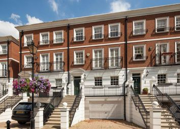 Thumbnail 5 bed town house to rent in Kensington Green, London