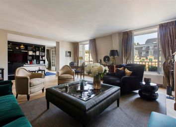 Thumbnail 2 bed apartment for sale in 22 Avenue Kléber, 75116 Paris, France