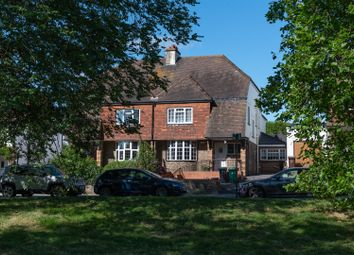 Thumbnail 5 bed property for sale in Park View Road, Hove