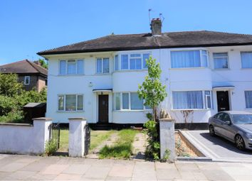 2 bed maisonette to rent in Cavendish Avenue, Ealing W13