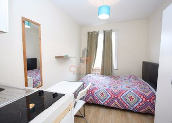 Thumbnail Room to rent in Kilburn High Road, London
