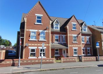 Thumbnail 2 bedroom flat for sale in 140 Liverpool Road, Reading, Berkshire