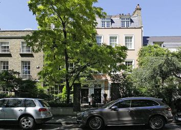 Thumbnail 4 bed property for sale in Kensington Square, London
