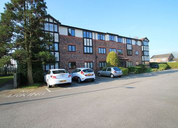 2 bed flat to rent in St James Court, Cheadle Hulme SK8