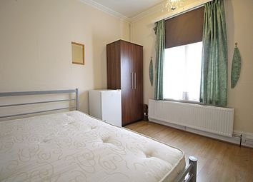 Room to rent in The Grove, Isleworth TW7