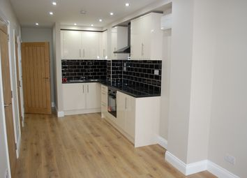 Thumbnail 1 bed flat to rent in Fonthill Road, Islington