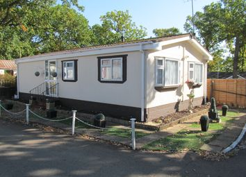 Thumbnail 2 bed mobile/park home for sale in First Avenue, Garstons Park, Tilehurst, Reading, Berkshire