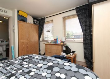 Thumbnail Room to rent in Dorchester House, Manchester Road, Crossharbour/Canary Wharf
