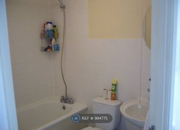 Room to rent in East Ham/Upton Park, London E6