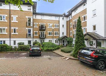 2 bed flat for sale in Dickens Court, Wanstead, London E11