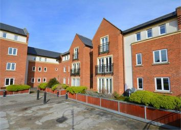 Thumbnail 2 bed flat to rent in Whielden Street, Amersham, Buckinghamshire