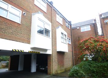 Thumbnail 1 bed flat to rent in Mannings Close, East Grinstead, West Sussex