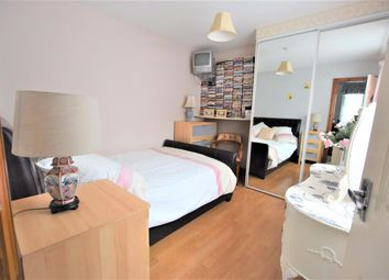 Thumbnail Room to rent in Wensleydale Avenue, Ilford