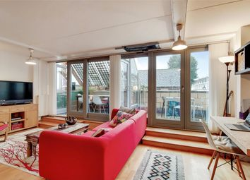 Tomlins Grove, London E3. 2 bed flat for sale