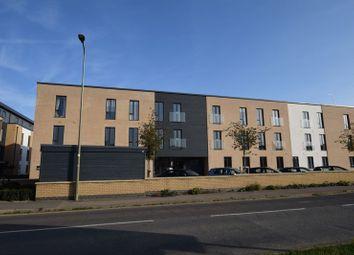 Thumbnail 2 bed flat to rent in Limmings Lane, Thame
