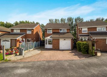 Thumbnail 3 bed detached house for sale in Oakdale Meadow, Leeds