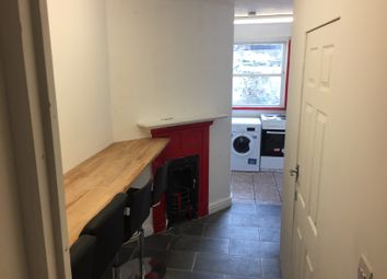 Thumbnail Room to rent in Temple Street, Sussex