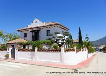 Thumbnail 4 bed villa for sale in Spain, Málaga, Coín