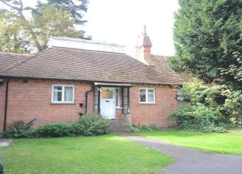 Thumbnail 2 bed cottage to rent in Crowthorne Road, Sandhurst