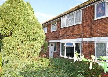 Thumbnail 2 bed maisonette for sale in Edinburgh Road, Maidenhead