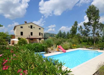 Thumbnail 4 bed country house for sale in Santa Vittoria, Santa Vittoria In Matenano, Fermo, Marche, Italy