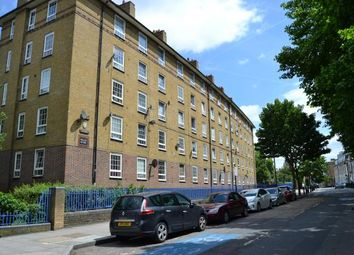 Thumbnail 4 bed flat to rent in Hale Street, London