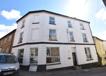 Thumbnail 2 bedroom flat to rent in Fore Street, Stratton, Bude