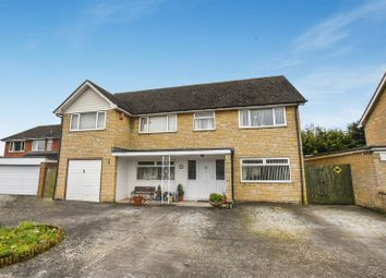 5 bed detached house for sale in Tubb Close, Bicester OX26