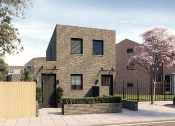 Thumbnail 2 bed detached house for sale in Chatsworth Road, London