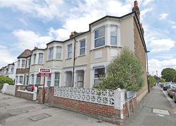 Thumbnail 1 bedroom flat to rent in Knighton Park Road, London