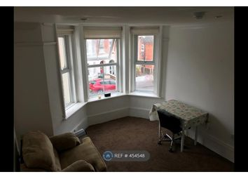 Thumbnail 1 bed flat to rent in St.Michaels Road, Aldershot