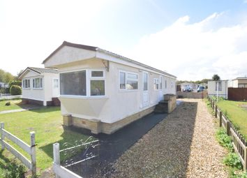 Thumbnail 1 bedroom mobile/park home for sale in First Avenue, Parklands Mobile Homes, Scunthorpe