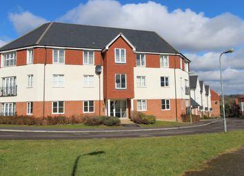 Thumbnail 2 bed flat for sale in Beech Road, Newbury, Berkshire