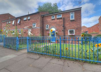 3 bed town house for sale in Redwood Walk, Leicester LE5