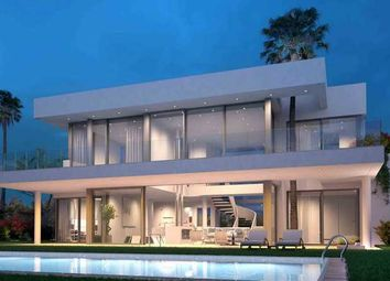 Thumbnail 4 bed villa for sale in Linda Vista Baja, San Pedro De Alcantara, Costa Del Sol