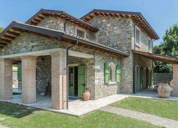 Thumbnail Farmhouse for sale in Via Cà Dell'ara, Filetto, Villafranca In Lunigiana, Massa And Carrara, Tuscany, Italy
