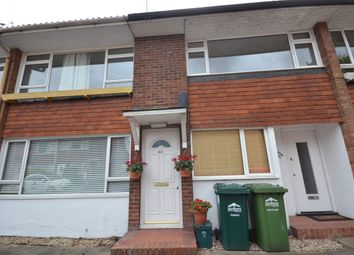 2 bed maisonette to rent in Cliveden Place, Shepperton TW17