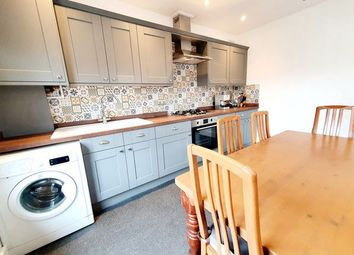 Thumbnail 4 bedroom flat to rent in Bethune Road, Stoke Newington